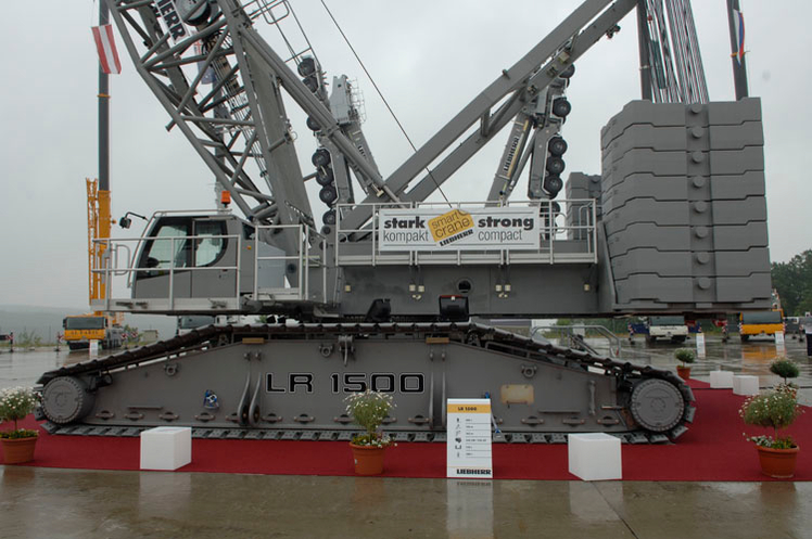 Things that you should know about Liebherr's new LR 1500